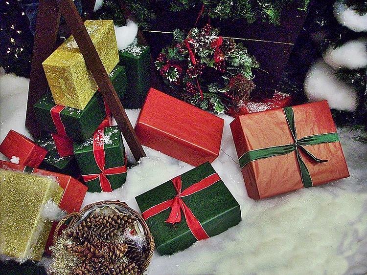 Klassische Weihnachtsgeschenke.Weihnachtsgeschenke Schon Verpackt Fotocommunity To Die