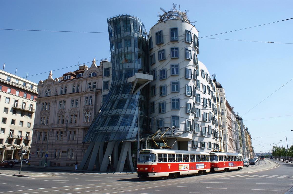 "Das ""Tanzende Haus"" Prag foto munity Die"
