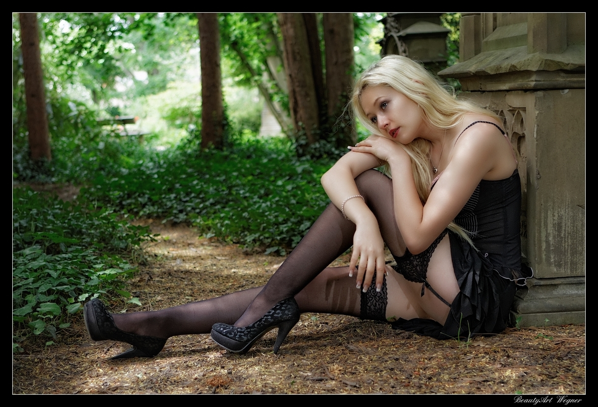 erotik-leipzig frau in strapsen